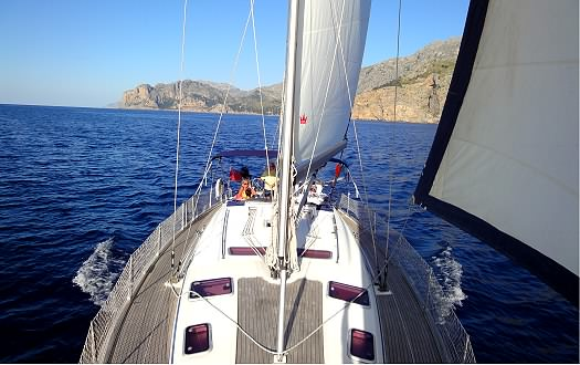 Boating holiday in Mallorca on a 50ft Bavaria