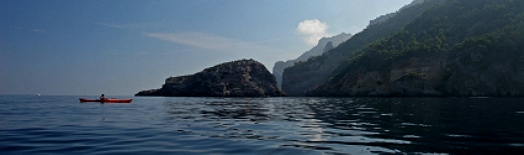 Perfect conditions for sea kayaking off northern Mallorca